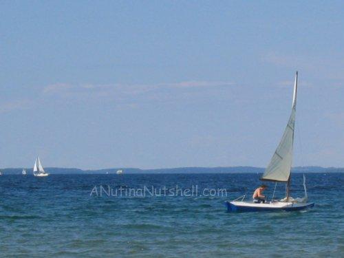 beach-sailboat