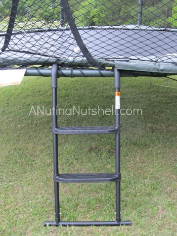 JumpSport_trampoline_ladder