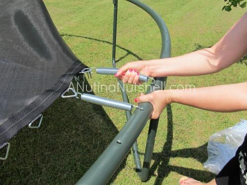 attaching-trampoline-springs