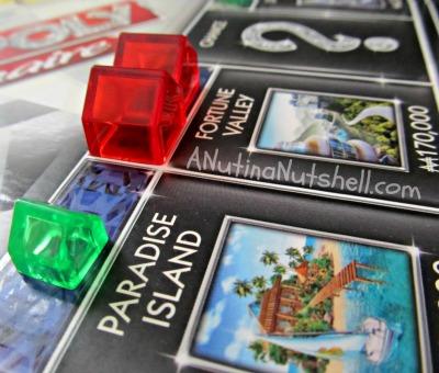 Monopoly-Millionaire-hotels-houses