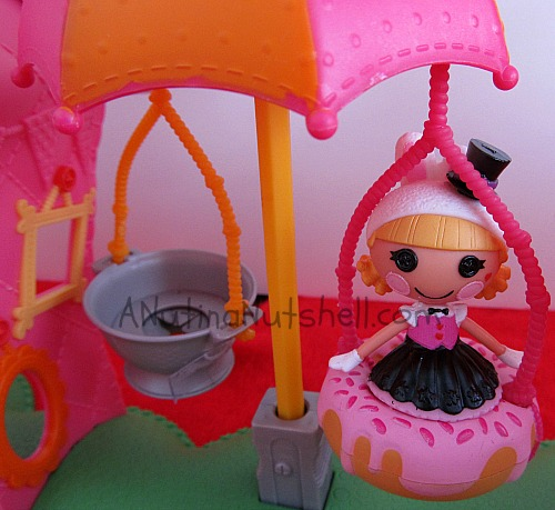 Lalaloopsy Fun House Funhouse Mouse Car  Replacement Part