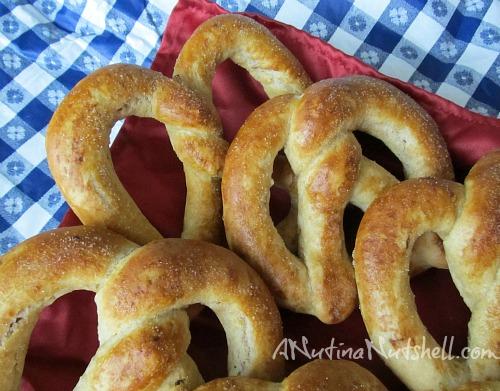 auntie anne's apple cinnamon pretzels