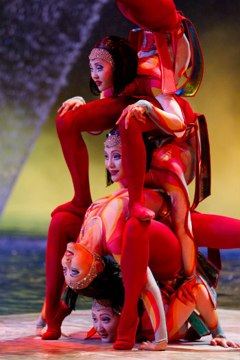 Cirque du Soleil Worlds Away photo 2