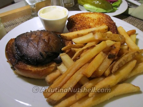 Hyatt-healthy-balance-menu-grilled-portobello-mushroom-burger