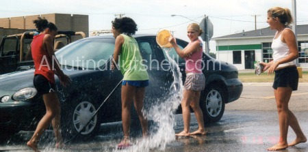 cheerleaders-car-wash