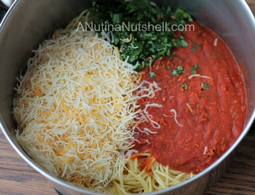 spicy spaghetti pie ingredients