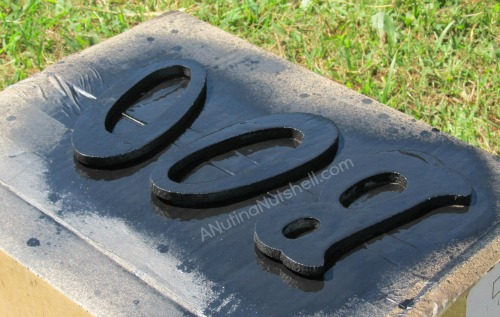 spray painting wood letters