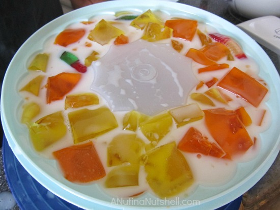 pour milk mixture into jell-o mold