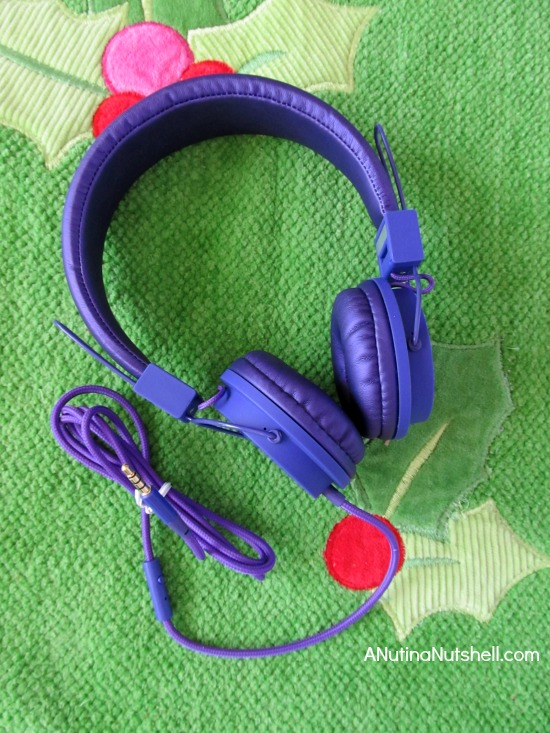 RadioShack Auvio Folding Headphones with Mic