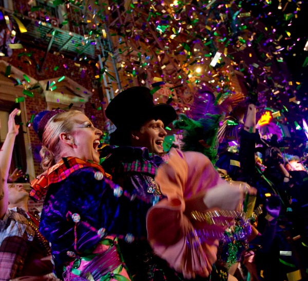 Mardi Gras Universal Studios Orlando Resort parade performers
