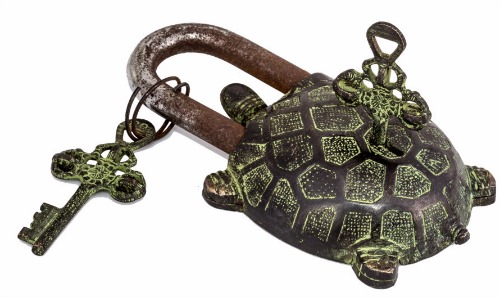 Laurier Blanc tortoise lock