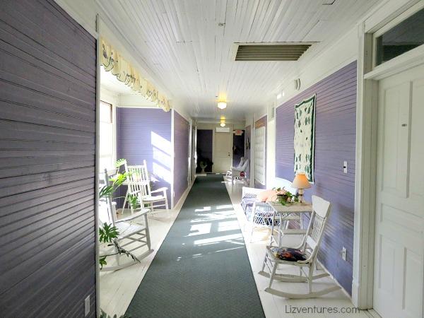 extra wide hallways - Balsam Mountain Inn
